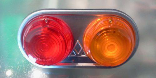 Utánfutó hátsó lámpa jobb oldali (békebeli) Darab ár! 3900Ft