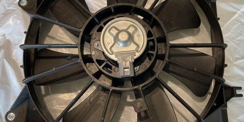 Suzuki SX4 Benzines - Hűtő Ventillátor /Komplett/ Hűtő Ventillátor Szett: Lapát: 17111-79J00 Motor: 17120-79J00 Keret: 17760-79J00 Minőségi utángyártott alkatrész 24900Ft