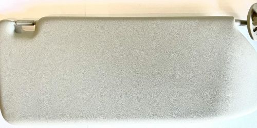 2000-2007 Suzuki Ignis - Napellenző jobb oldali, nem tükrös /Gyári/ Tükör nélküli napellenző Eredeti Suzuki alkatrész: 84801-86G40-6GS 15900Ft